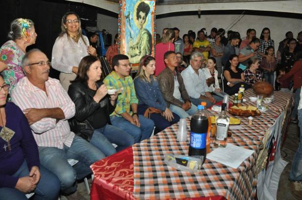 OPIPOCO mostra como foi a Segunda noite do festival de quadrilhas em Monteiro. Confira Imagens 10