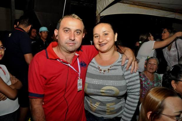 OPIPOCO mostra como foi a Segunda noite do festival de quadrilhas em Monteiro. Confira Imagens 17