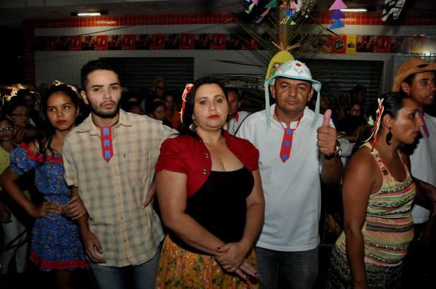 OPIPOCO mostra como foi a primeira noite do festival de quadrilhas em Monteiro. Confira Imagens 37