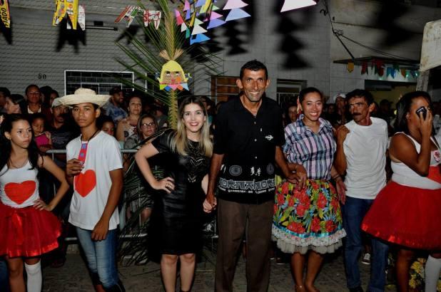 OPIPOCO mostra como foi a primeira noite do festival de quadrilhas em Monteiro. Confira Imagens 39