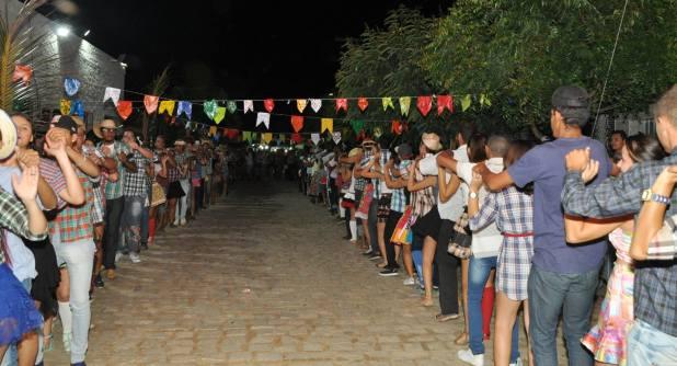 OPIPOCO mostra como foi a Segunda noite do festival de quadrilhas em Monteiro. Confira Imagens 29
