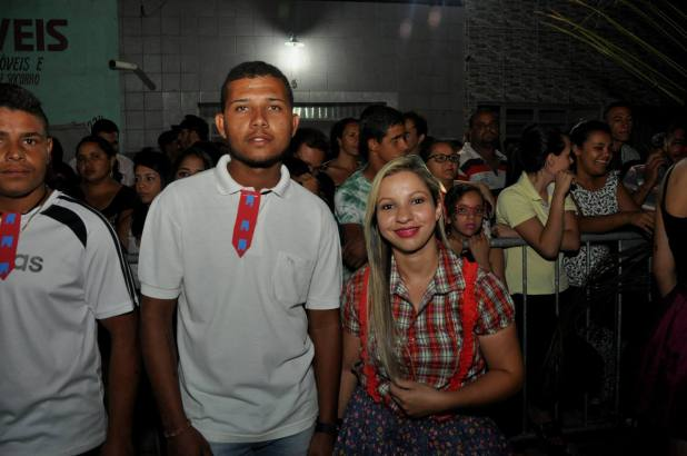 OPIPOCO mostra como foi a primeira noite do festival de quadrilhas em Monteiro. Confira Imagens 48