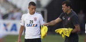 Com medo do mercado da bola, Corinthians cria escudos para segurar trio 1