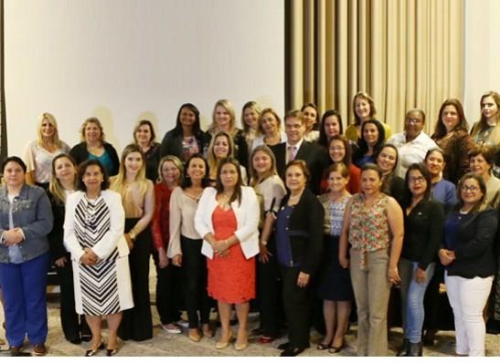 Prefeita de Monteiro participa de capacitação promovida pelo PSDB-Mulher 1