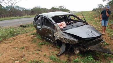 Acidente de carro deixa vítima fatal e duas pessoa feridas no Cariri 5