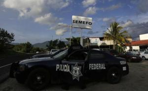 Batalha entre cartéis de drogas mata pessoas no México 6