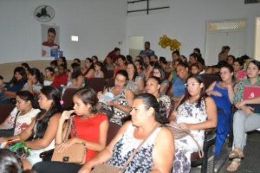 Agosto-Dourado.Reunião-Gestantes.-300x200 Encontro de    Gestantes e Agosto Dourado têm comemorações em Monteiro