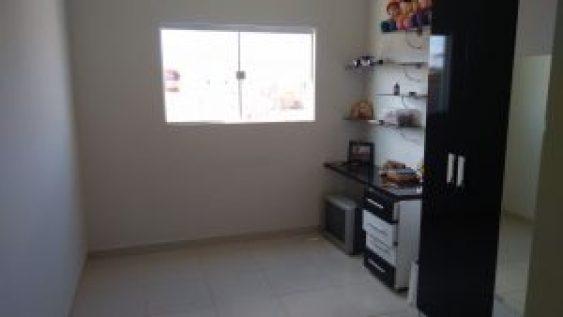 9037f4de-30dc-4ec5-b538-06dd2f90f133-300x169 OPORTUNIDADE: Vende-se excelente casa em Monteiro