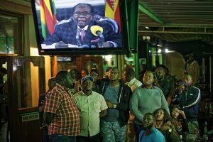 Mugabe-faz-discurso-na-TV-e-não-anuncia-renúncia-300x200 Mugabe faz discurso na TV e não anuncia renúncia
