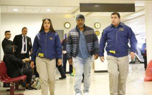 Polícia impede entrada de Mike Tyson no Chile 5