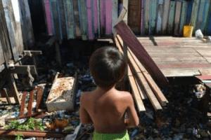 16-12-2017.121634_Desigualdade-300x200 Quase metade da população da PB vive abaixo da linha da pobreza