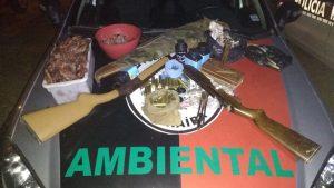 aves-mortas-300x169 Homem é preso com mais de 100 aves silvestres mortas e 40 vivas na Paraíba