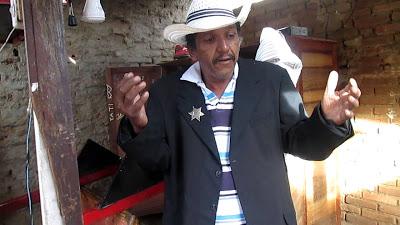 """TR3-1 Ladrões não perdoam e roubam som do ex candidato a vereador """"Falcão do Cariri"""""""