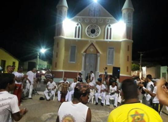 timthumb-3-4 ZABELÊ: Prefeitura promove encontro de capoeira e entrega instrumentos para crianças