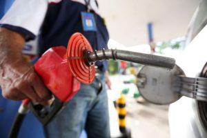 dez-prefeituras-gastam-r-24-milhoes-com-combustiveis-na-pb-em-2017-696x464-300x200 Dez prefeituras da PB gastaram R$ 24 mi com combustíveis em 2017