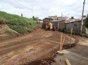 Prefeitura de Monteiro inicia calçamento de acesso a importante bairro da cidade 3