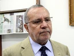 download-1 Com ida para base do governo, Carlos Batinga vai comandar cargos do Estado em Monteiro