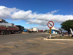 IMG-20180530-WA0100-300x225 Em Monteiro: Caminhoneiros entram no 10º dia de paralisação contra alta de combustível