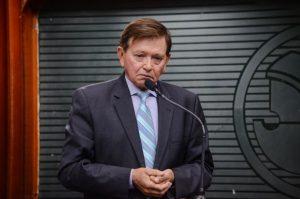 joao-henrique-jh-300x199 Presidente da ALPB nega licença de 120 dias e João Henrique reassume mandato