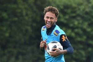 Neymar deve começar amistoso contra a Croácia no banco 6