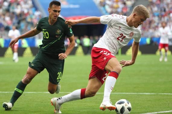 1529578084_184847_1529590138_noticia_normal_recorte1 Dinamarca empata com a Austrália e assume a liderança do Grupo C