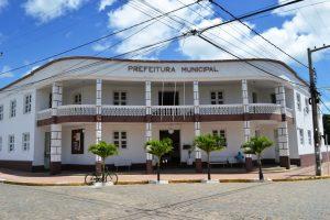 prefeitura-monteiro-red-1-300x200 Prefeita de Monteiro decreta ponto facultativo nas repartições municipais nesta segunda