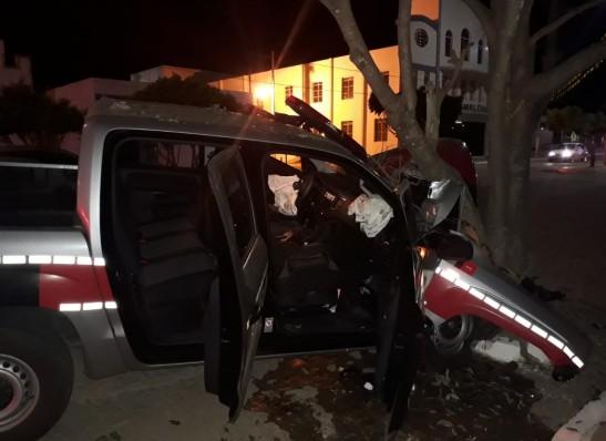 timthumb-3-2 Motorista  é preso após provocar acidente com viatura em Monteiro