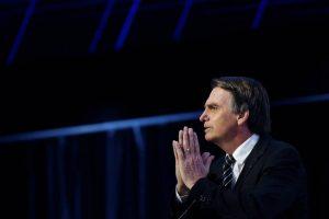 Bolsonaro-1-300x200 Surpreende que discurso ingênuo e raivoso de Bolsonaro tenha seduzido a elite econômica