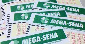 MEGA-SENA-300x156 Ninguém acerta seis dezenas e prêmio vai a R$ 31 milhões