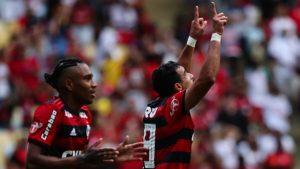 5b7091b73bf87-300x169 Henrique Dourado reaparece com gol e acirra briga no ataque do Flamengo