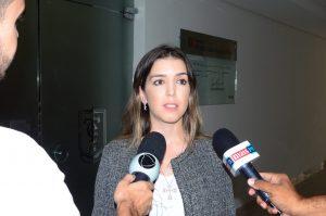 lorena_entrevista_tce-300x199 Prefeita de Monteiro confirma apoio a João Azevedo, Wellington Roberto e Carlos Batinga