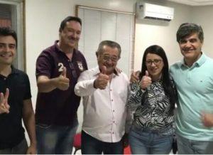timthumb-32-300x218 Ex-prefeito de São João do Tigre reafirma apoio a José Maranhão e esclarece participação em convenções
