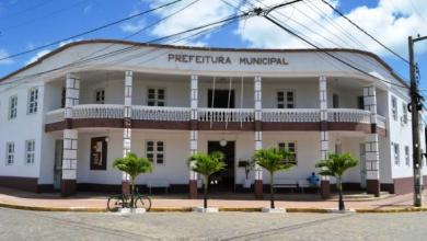 Prefeita de Monteiro exonera ocupantes de cargos comissionados 7