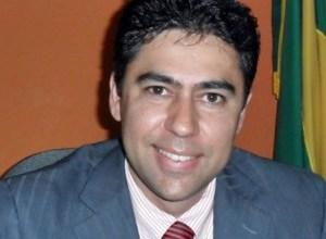TRAGÉDIA: Ex-prefeito é morto pelo pai após ser confundido com assaltante 4