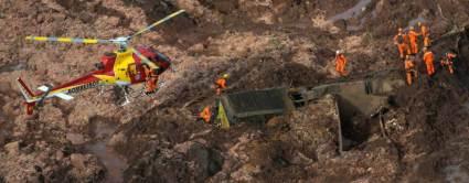 Brumandinho luta contra o tempo em busca dos desaparecidos sob a lama 1