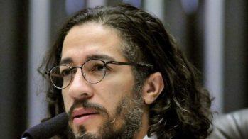 26419093080009305220000-520x292 Ameaçado, Jean Wyllys (PSOL) abre mão de mandato e deixa Brasil