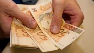 Aposentados e pensionistas recebem nesta quarta-feira 1