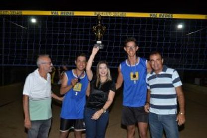 001-28-300x200 Monteiro realiza mais uma edição do Campeonato de Vôlei de Areia de Duplas e de Quarteto