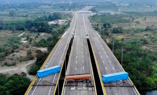15494810535c5b345dc3940_1549481053_3x2_md-1-520x315 Brasil mantém missão humanitária à Venezuela após Maduro mandar fechar fronteira