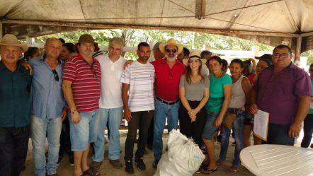 33a257dc-a8c6-41db-91cf-a6c45614e83f-1024x576 Prefeita Ana Lorena participa da entrega de 100 mil raquetes de palma em Monteiro
