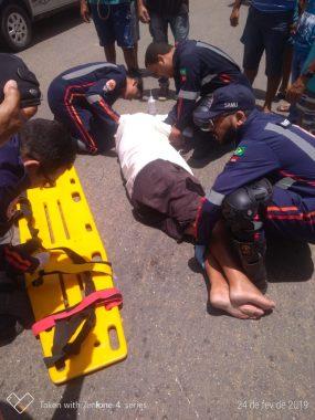 colisao-285x380 Colisão entre carro e moto deixa uma pessoa ferida em Monteiro