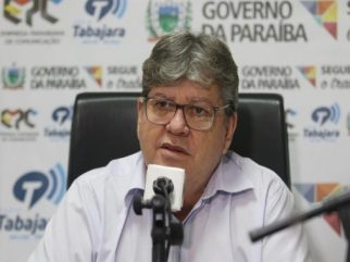 joao-azevedo-no-programa-fala-governador_foto-francisco-franca-1-507x380 Governador anuncia data de pagamento dos servidores estaduais
