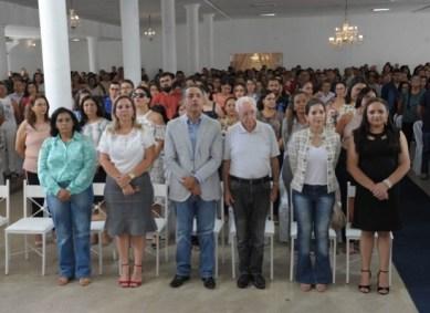 Celso Antunes contagia professores durante a capacitação em Monteiro 1