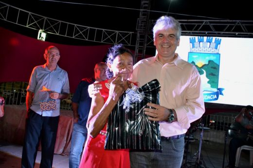 CAJO-520x347 Câmara de Monteiro realizou em parceria com a prefeitura, evento alusivo ao Dia Internacional da Mulher com grande público