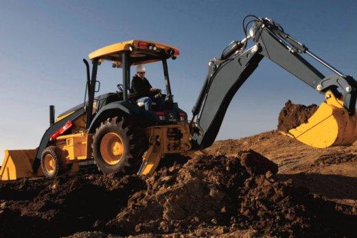 maquinas-pesadas-usadas-690x460-520x347 Prefeitura de Sumé oferece vagas em Curso gratuito de Operador de maquinas