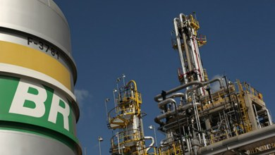 Bolsonaro fará reunião com ministros para discutir crise na Petrobras 13
