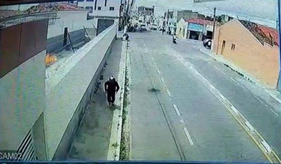 CADEIA-666x390 Dupla tenta atear fogo em cadeia pública nna Paraíba