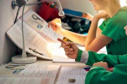 ENSINO-PL-585x390 Governo envia PL do ensino domiciliar ao Congresso