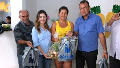 Ação social: Monteirenses recebem peixes e verduras para semana Santa 1