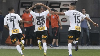 Corinthians tira Santos nos pênaltis e vai à 3ª final seguida 2
